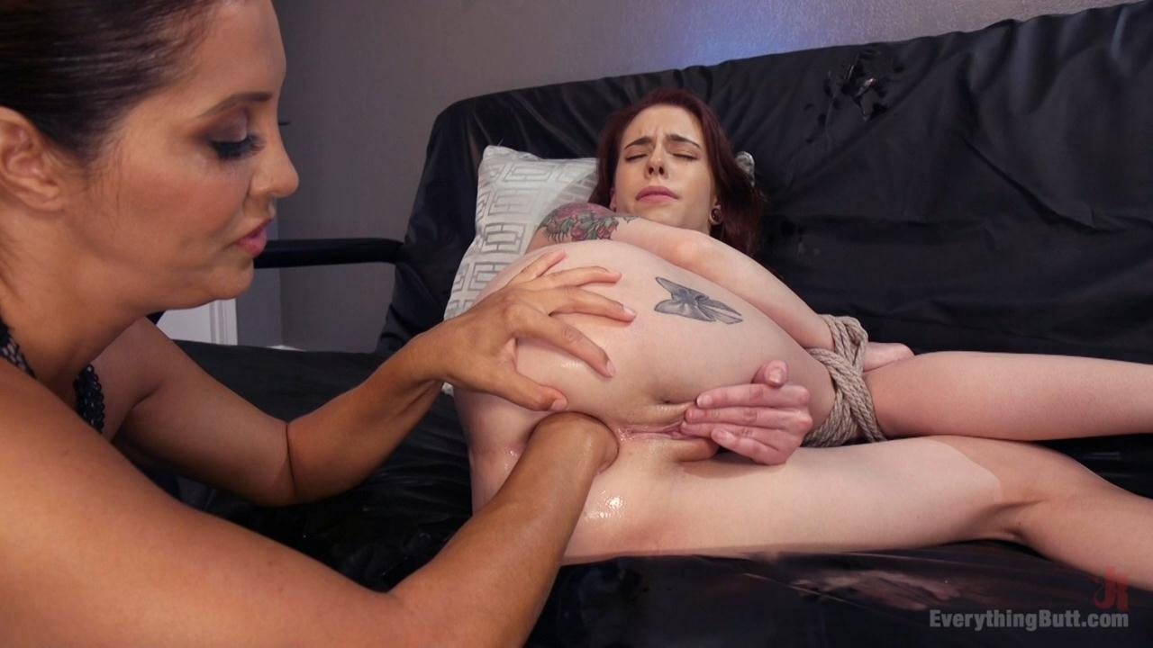 Cherie Deville Anal Fisting