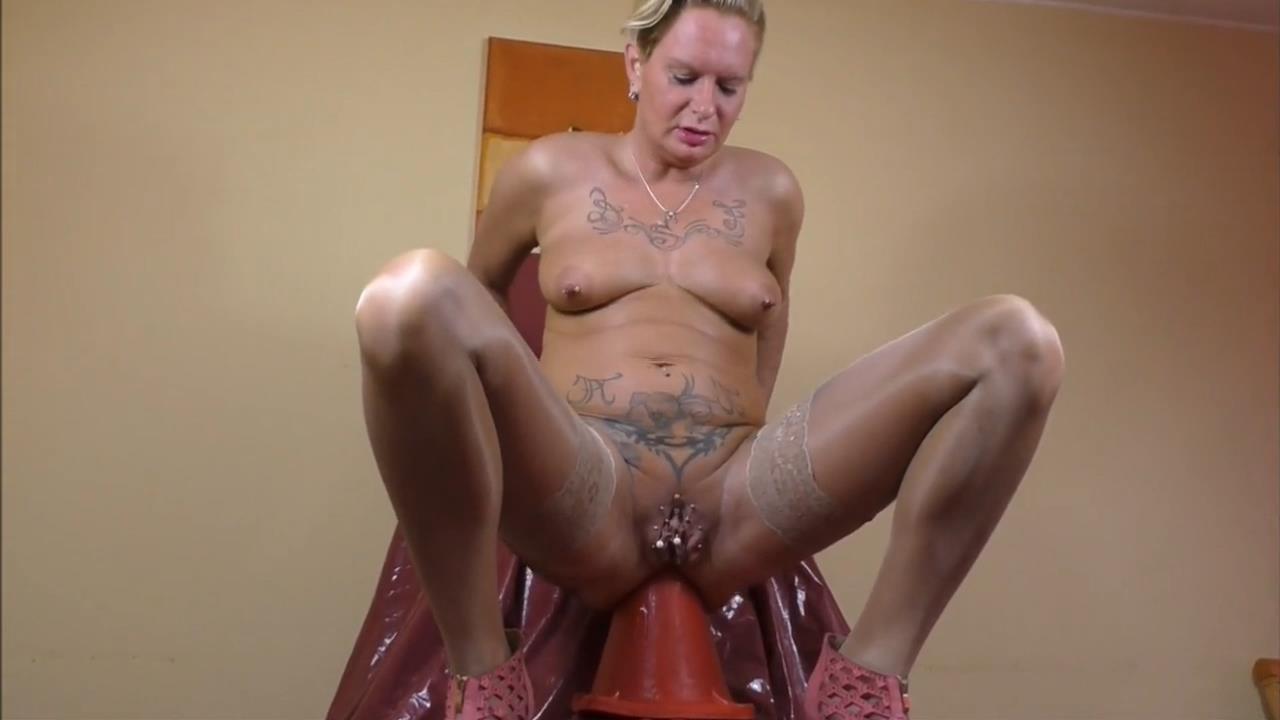 Naked pictures Linda hubbs swinger colorado springs