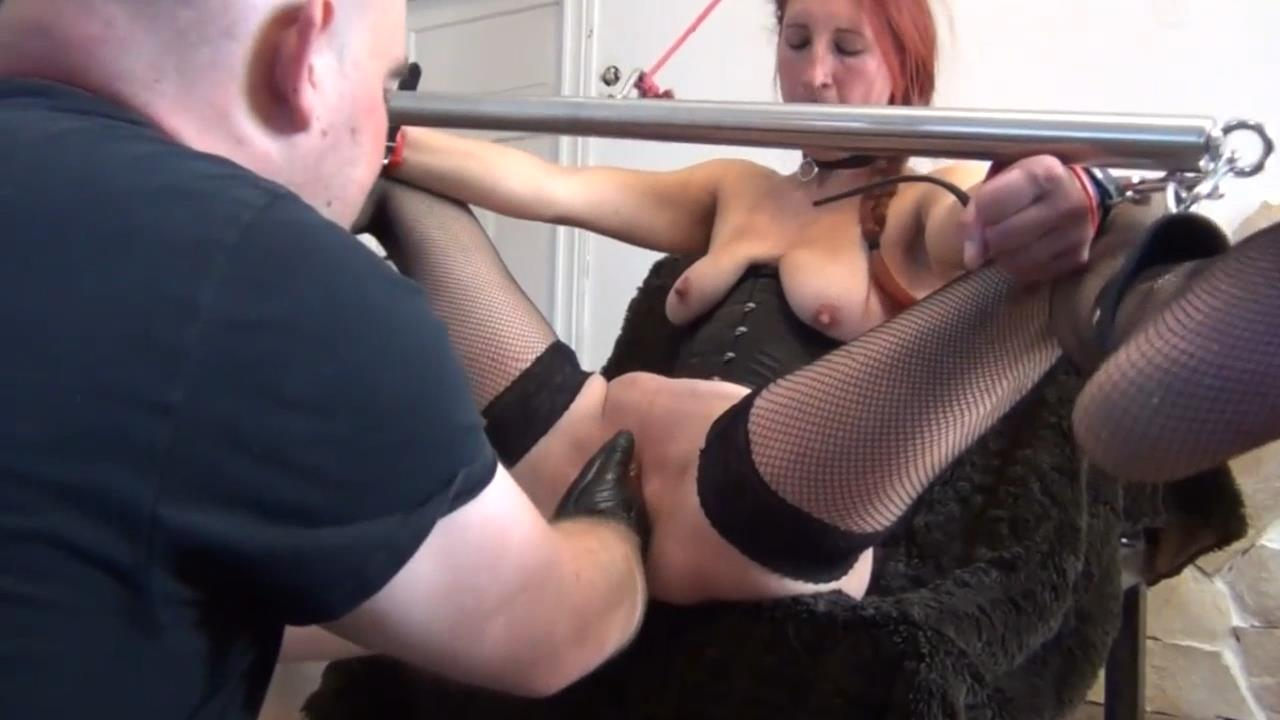 Brutally Punch Fisting His Gf In Bondage